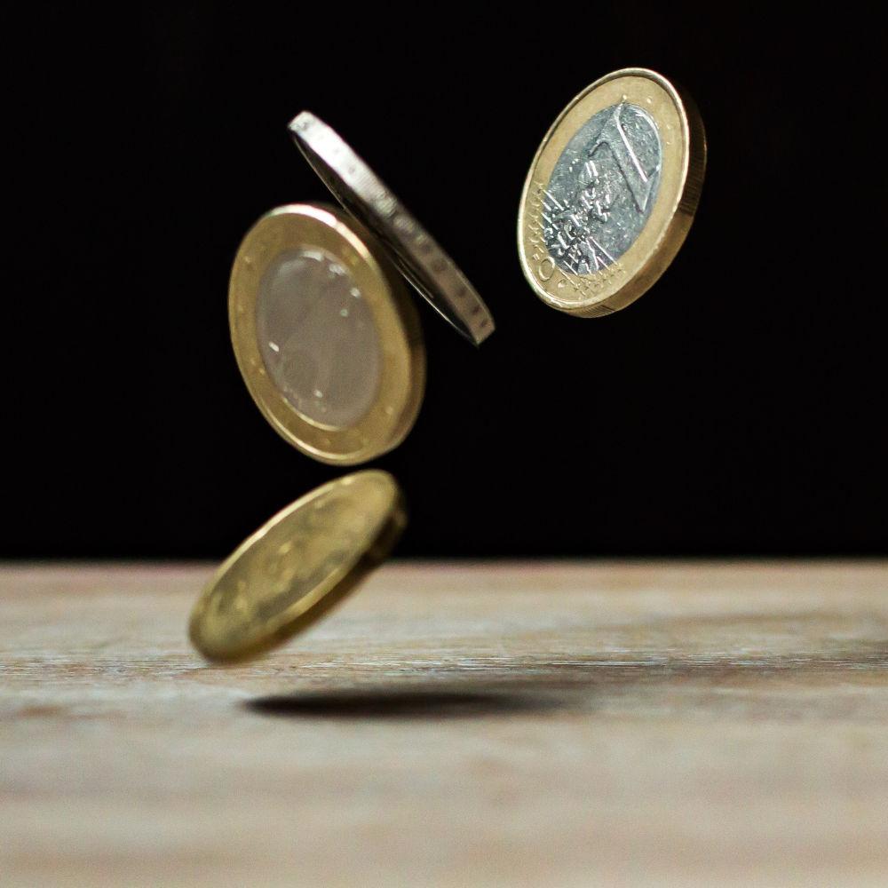 Relance économique allemande symbolisé par des pièces de monnaie en euros