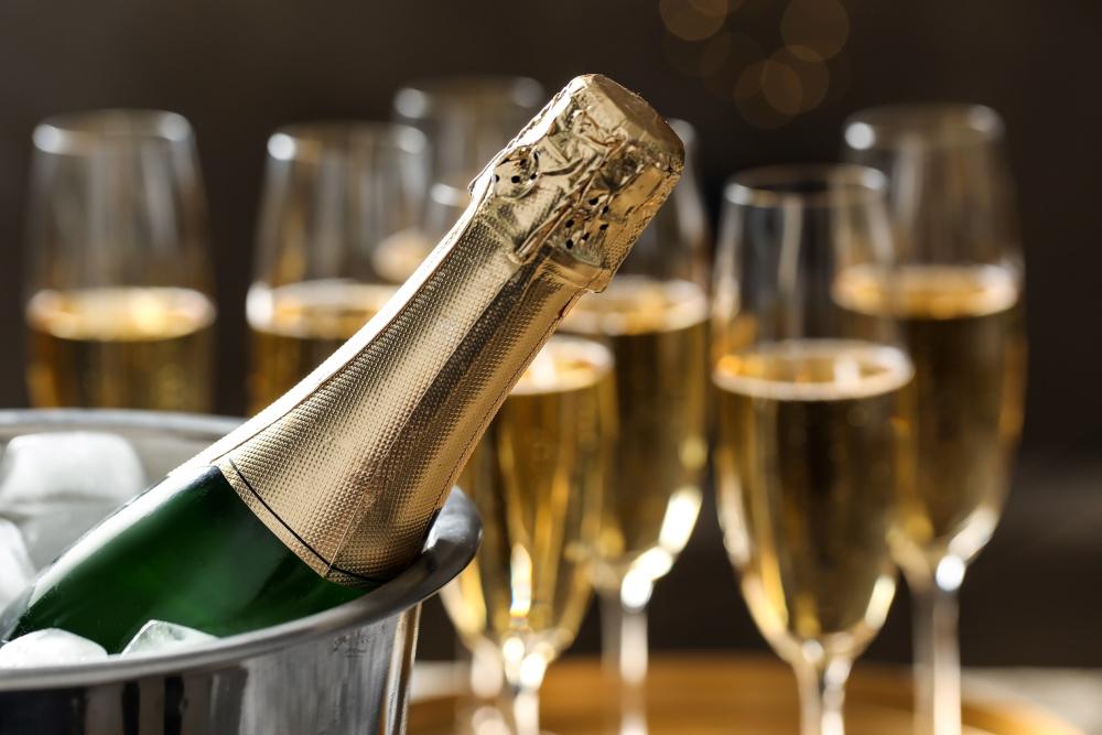 une bouteille de champagne